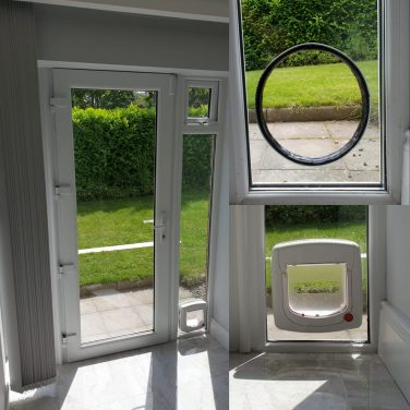 PVC White Double Glazed Door With 1 Sidelight and Cat Flap